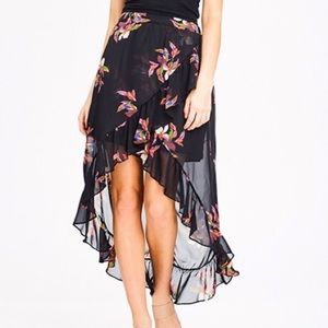 NWT a new day  black floral hi low ruffle skirt L
